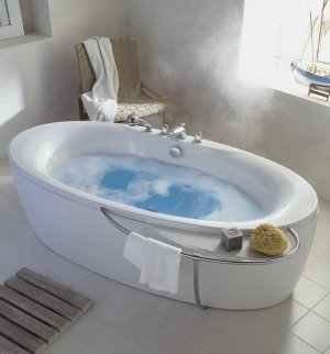 Ways-to-Take-a-Hot-Bath-That-It-Relaxes-the-Body-1